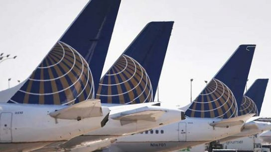 United Airlines suspende vuelos a Venezuela
