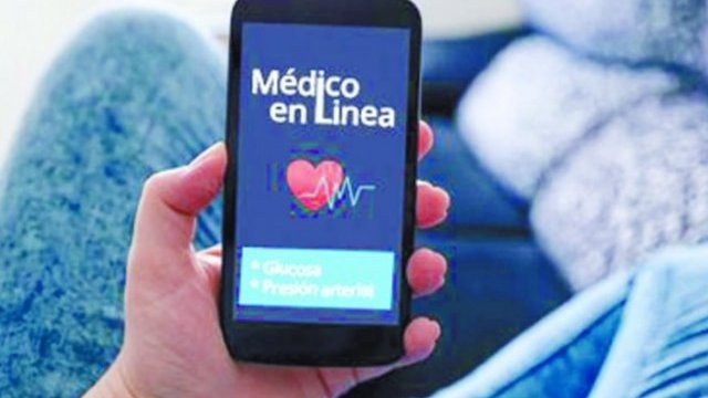 Monitorean doctores del IMSS a pacientes mediante app